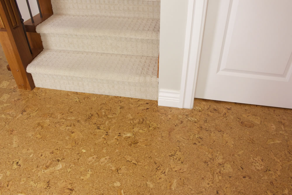 Cork flooring glue down vs floating gurus floor for Cork flooring kitchen reviews